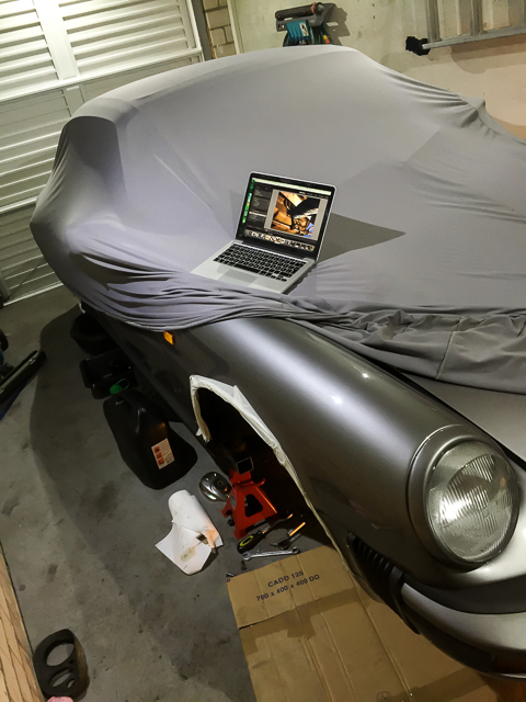 porsche-911-garage