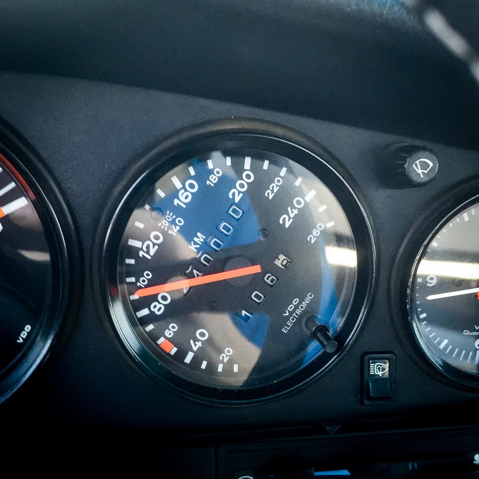 motor-engine-porsche-911