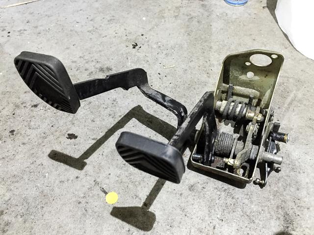 porsche-911-pedale